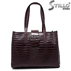 Елегантна кожена чанта с кроко щампа - 33572