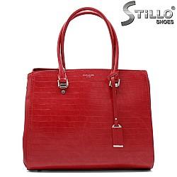 Червена чанта от еко кожа с кроко щампа - 33587