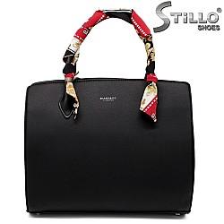Дамска чанта с шарено шалче - 33590