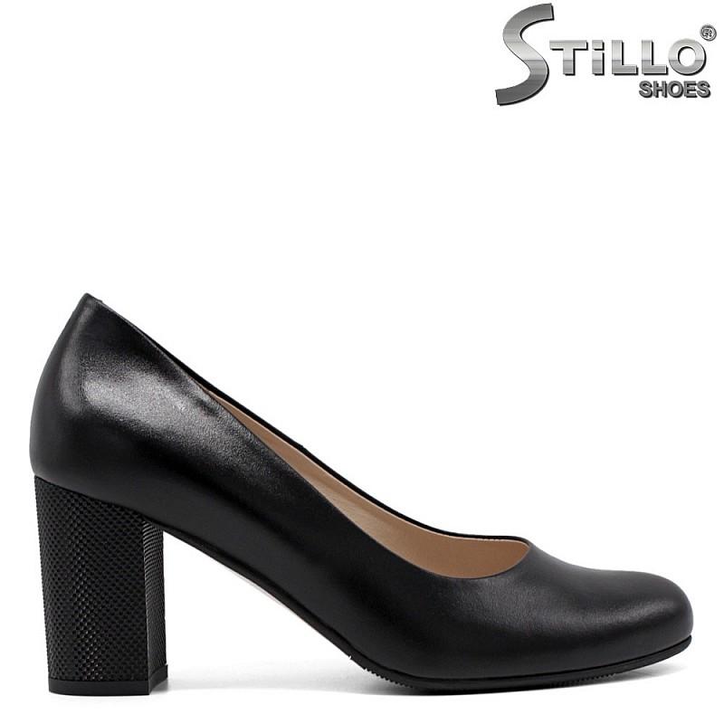 Дамски обувки с висок релефен ток  - 33750