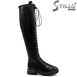 Дамски чизми с връзки и рапиди - 33809