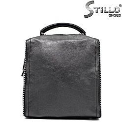 Дамска чанта в сребристо и черно - 33819