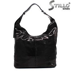 Чанта от естествен велур със змийска щампа - 33823