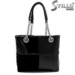 Чанта с четири квадрата и дръжки със синджири - 33825