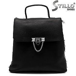 Дамска чанта тип раница с метални украшения - 33830