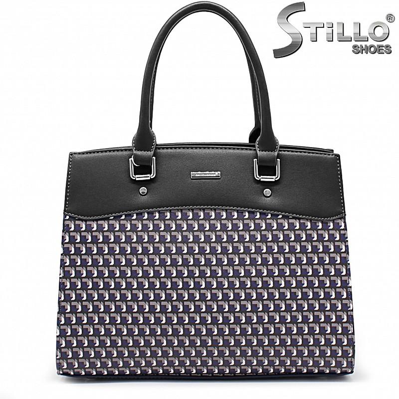 Черна дамска чанта с пепитен принт - 35938
