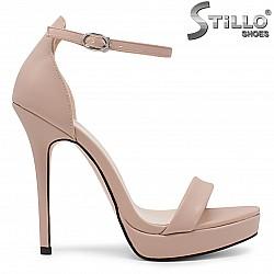 Розови дамски сандали с висок ток -36196