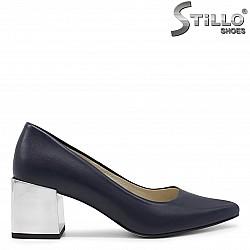Дамски сини обувки със среден ток- 36254
