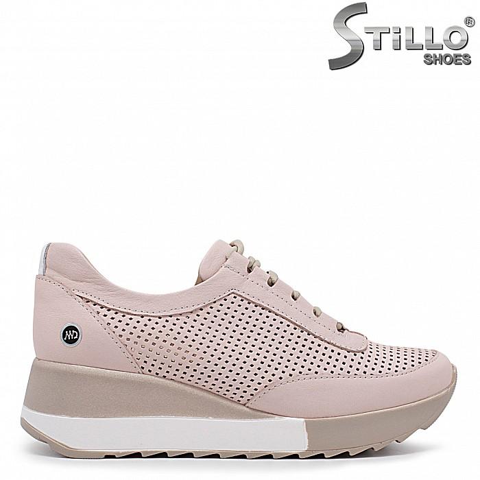 Спортни розови обувки с връзки на платформа- 36323