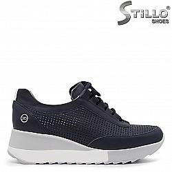 Перфорирани сини спортни обувки -36324