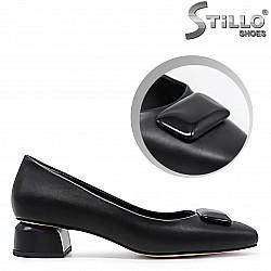 Дамски обувки на нисък ток- 36358