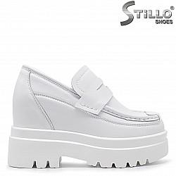Дамски обувки с гръндж платформа - 36379