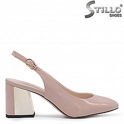 Розови дамски обувки на дебел ток - 36179