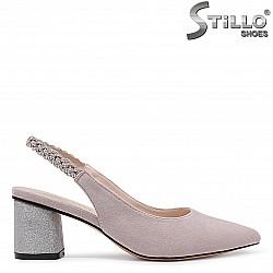 Розови обувки без пета на среден ток с камъчета – 36180