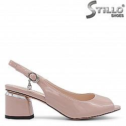 Розови дамски обувки с отворени пръсти – 36192