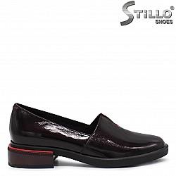 Пролетни дамски обувки на нисък ток - 36227
