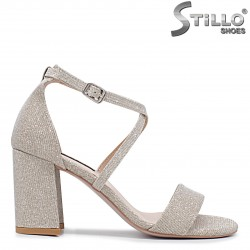Златисти абитуриентски сандали - 36264
