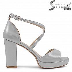 Сиви абитуриентски сандали на висок ток - 36292