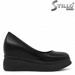 Дамски обувки на висока платформа - 36302