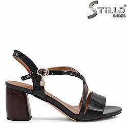 Качествени дамски сандали на среден ток – 36426