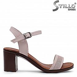 Розови дамски сандали на ток от естествена кожа – 36522