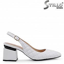 Бели дамски обувки от естествена кожа без пета – 36552