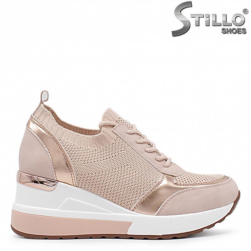 Розови сникърси на платформа – 36559