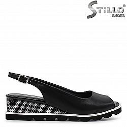 Дамски сандали от естествена кожа на платформа – 36571