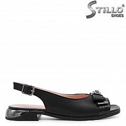 Дамски ниски сандали от естествена кожа – 36572