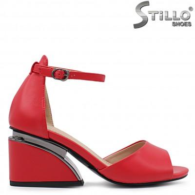 Червени дамски сандали на среден ток – 36596