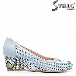 Светлосини дамски обувки на платформа  – 36617