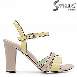 Дамски сандали мултиколор на ток - 36666