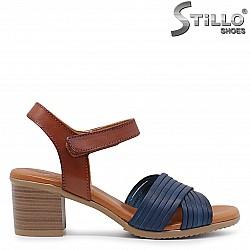 Дамски сандали на ток в синьо и кафяво – 36690