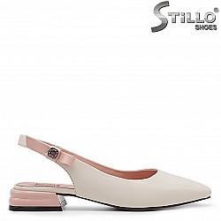 Ниски дамски сандали от естествена кожа - 36711