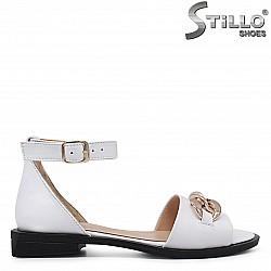 Дамски сандали с каишка на глезена - 36750