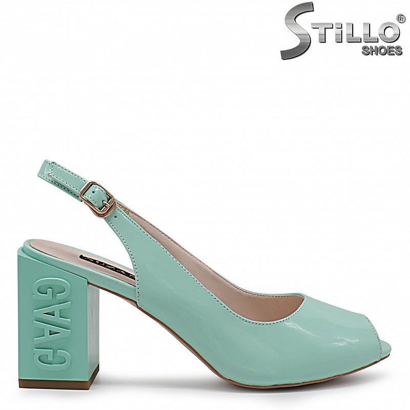 Ментово зелени сандали на ток - 36772