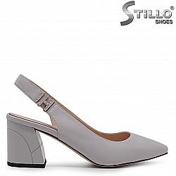 Дамски обувки на ток с отворена пета – 36815