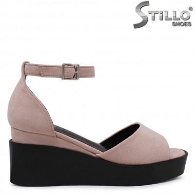 Розови сандали на платформа – 36826