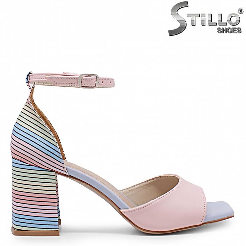 Дамски сандали с мултиколор ток – 36897
