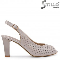 Дамски сандали на висок ток с перфорация – 36931