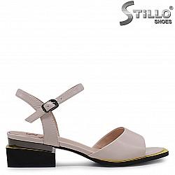 Бежови сандали от естествена кожа на нисък ток – 36964