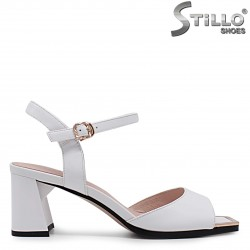 Дамски сандали естествена кожа с пресечен връх – 36982