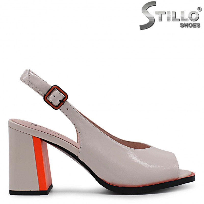 Дамски сандали от естествен лак на висок ток – 36986