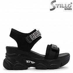 Спортни сандали с камъчета на платформа – 36995