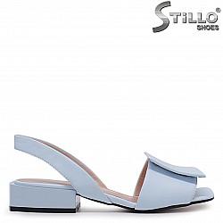 Сини сандали на нисък ток от естествена кожа – 37006