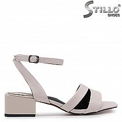 Дамски сандали на среден ток – 37034