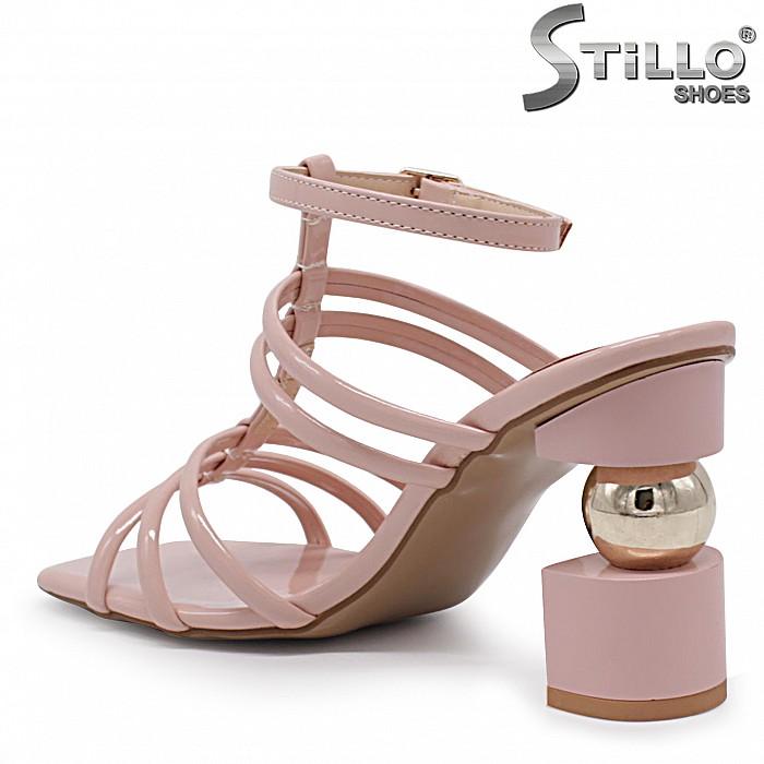 Модни дамски сандали с каишки на висок ток – 37053