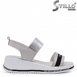 Сребристи сандали от естествена кожа – 37082