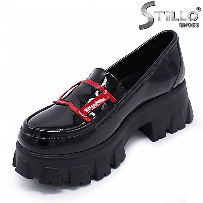 Дамски обувки на дебела подметка- 37173