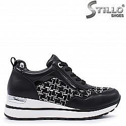Cпортни обувки на платформа – 37231